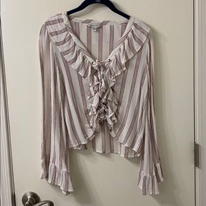 American Eagle red white black top bell sleeves SS
